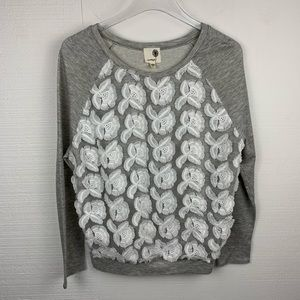 Everleigh Gray & White Floral Lightweight Sweater